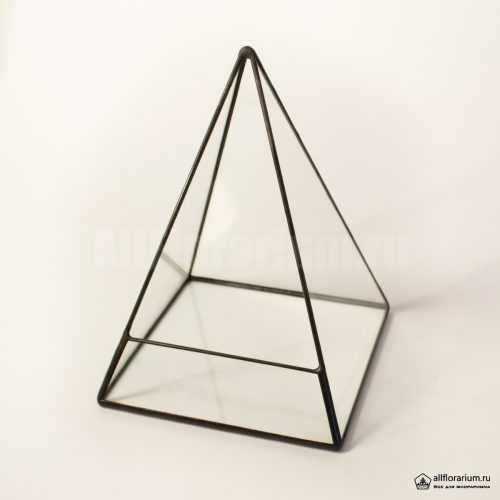 Геометрическая ваза для флорариума Пирамида