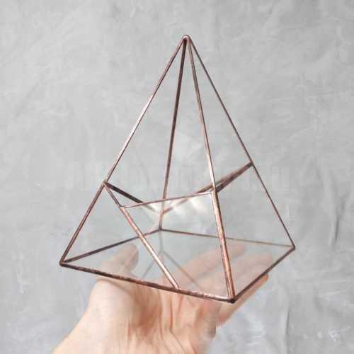 Геометрическая ваза Пирамида #2