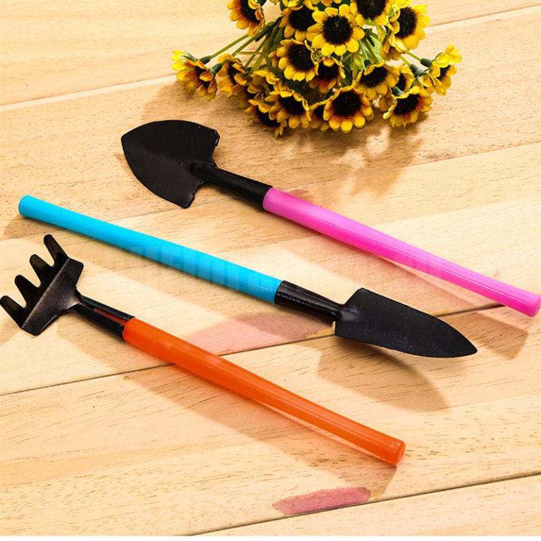 Набор инструментов для растений цветной
